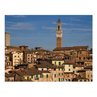 Paisaje urbano de la postal de Siena