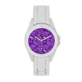 Paisley violeta oscura reloj