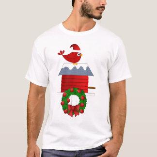 Pájaro cardinal rojo en la camiseta del navidad de