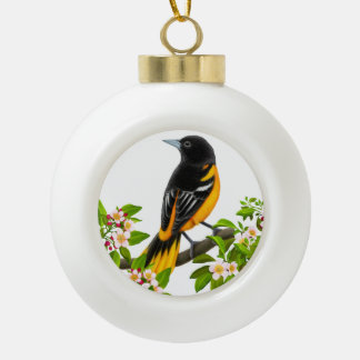 Pájaro de Baltimore Oriole en el ornamento de los Adorno De Cerámica En Forma De Bola