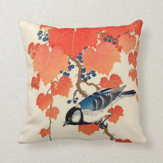 Pájaro de Jay del japonés del vintage y vid del Cojín Decorativo