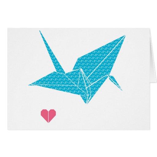 pájaro del origami con el corazón felicitaciones
