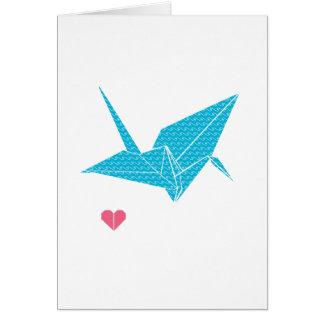 pájaro del origami con el corazón felicitacion