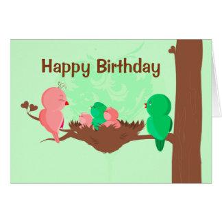 Pájaros de la tarjeta del feliz cumpleaños que