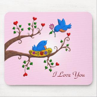Pájaros del amor de la tarjeta del día de San Vale Alfombrillas De Raton
