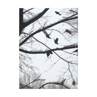 Pájaros del invierno en los árboles Nevado Lienzo