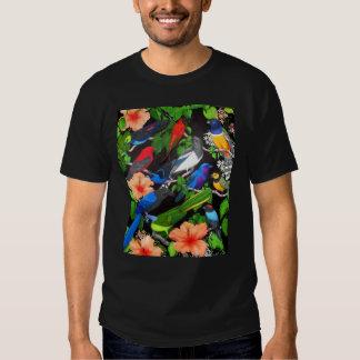 Pájaros tropicales de la camiseta de México