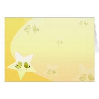 Pájaros verdosos hermosos del amor tarjeta de felicitación