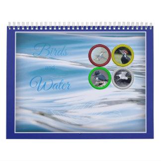 Pájaros y calendario (mediano) del agua