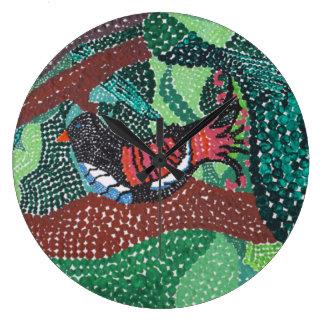 Pájaros y esmeraldas negros reloj redondo grande