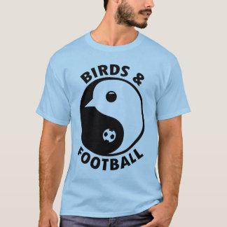 Pájaros y fútbol camiseta