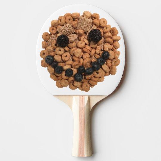 Pala De Ping Pong Cara sonriente linda de la fruta y del cereal