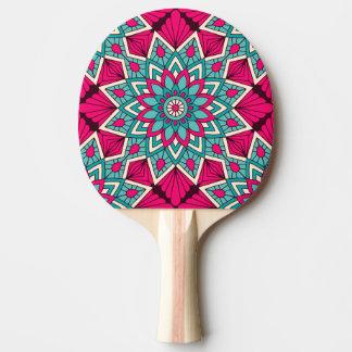 Pala De Ping Pong Rosa y modelo floral de la mandala de la turquesa