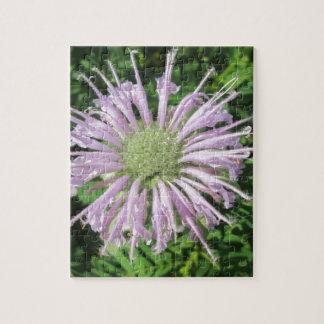 Palma púrpura de la abeja puzzle