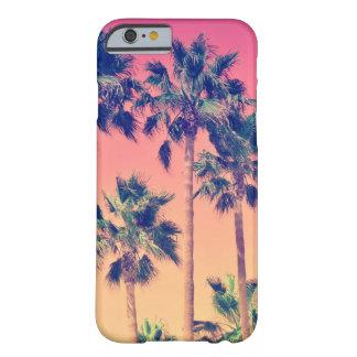 Palmas tropicales del vintage femeninas funda barely there iPhone 6