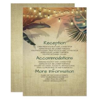 Palmas y luces de la playa que casan a la huésped invitación 11,4 x 15,8 cm