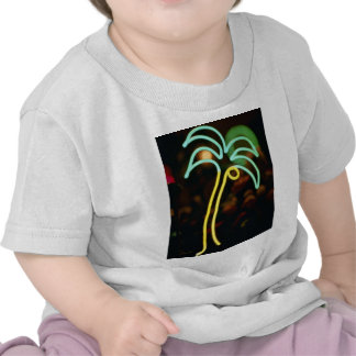 Palmera fluorescente en Seafair, Dania, la Florida Camiseta