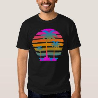 Palmeras retras de la puesta del sol del tigre de camiseta