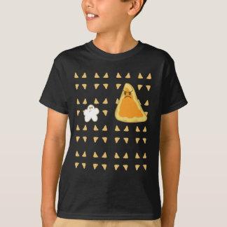 Palomitas negras contra la camiseta del Nacho