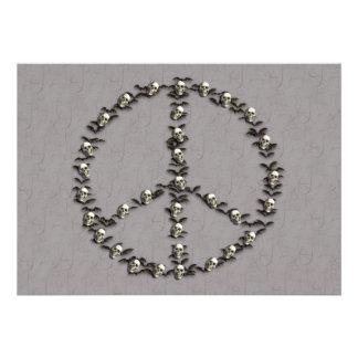 Palos y signo de la paz de los cráneos