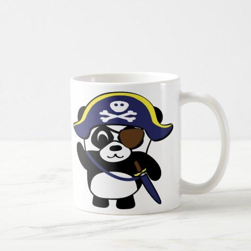 Panda en traje del pirata de los azules marinos tazas de café