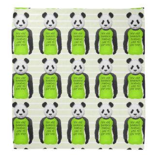 Panda hambrienta que lleva una camiseta divertida bandana