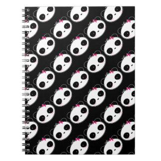 Panda múltiple del chica por todas partes cuaderno