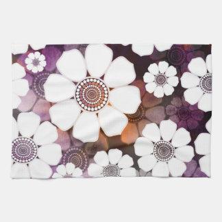 Paño De Cocina Flower power púrpura enrrollado