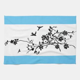 Paño De Cocina Pájaros y ramas florecientes en un illustratio