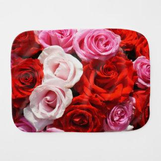 Paño del Burp de los rosas rojos
