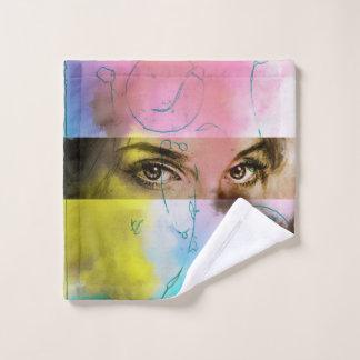 Paño ilustrado colorido del lavado - mirada fija