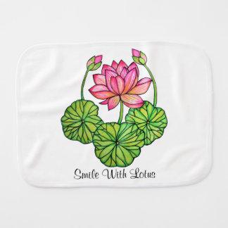 Paño Para Bebés Acuarela Lotus rosado con los brotes y las hojas