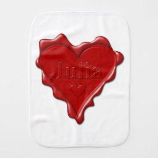 Paño Para Bebés Julia. Sello rojo de la cera del corazón con Julia