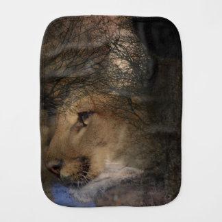Paño Para Bebés Puma salvaje del león de montaña de la silueta del