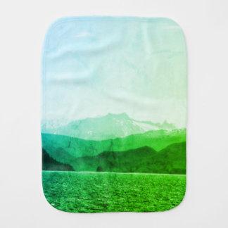 Paño verde del Burp de las montañas
