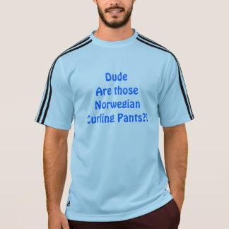 Pantalones que se encrespan noruegos camiseta