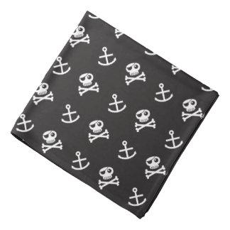 Pañuelo alegre del pirata del modelo de Rogelio y Bandanas