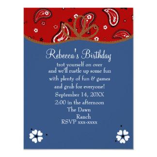 Pañuelo y cumpleaños de la vaquera del dril de invitación personalizada
