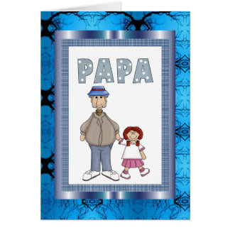 Papá con la tarjeta de la nieta