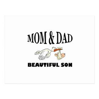 Papá de la mamá e hijo hermoso postal