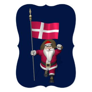 Papá Noel con la bandera de Dinamarca Dannebrog Invitación 12,7 X 17,8 Cm