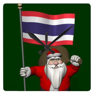 Papá Noel dulce con la bandera de Tailandia Reloj Cuadrado
