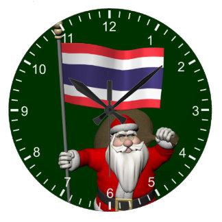 Papá Noel dulce con la bandera de Tailandia Reloj Redondo Grande
