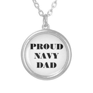 Papá orgulloso de la marina de guerra del collar