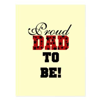 Papá orgulloso rojo y negro a ser camisetas y postal