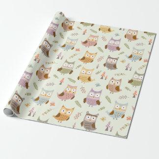 Papel de embalaje - búhos felices (luz) papel de regalo