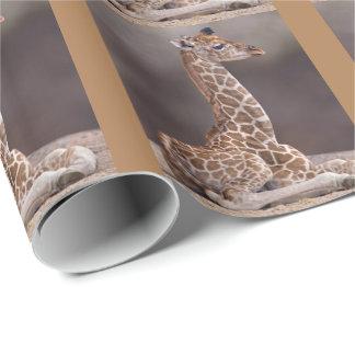 Papel de embalaje de la jirafa del bebé