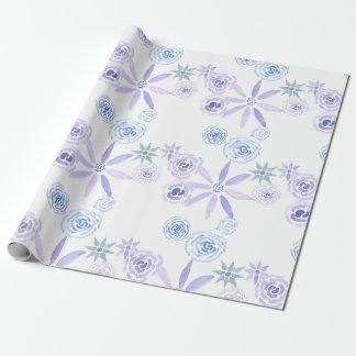 Papel de embalaje floral púrpura y azul