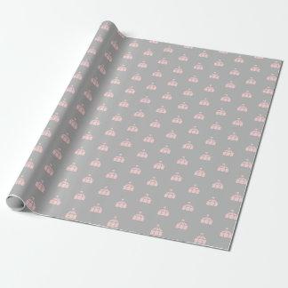 Papel de embalaje gris y rosado con las tiendas de