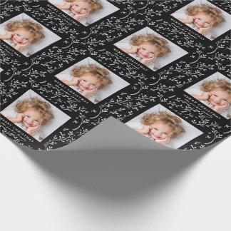 Papel De Regalo Foto blanco y negro festiva del día de fiesta de